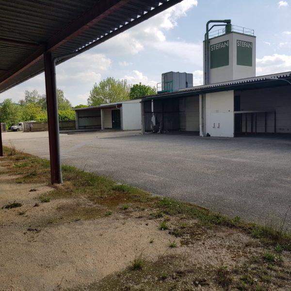 Freifläche zu vermieten in Stronsdorf